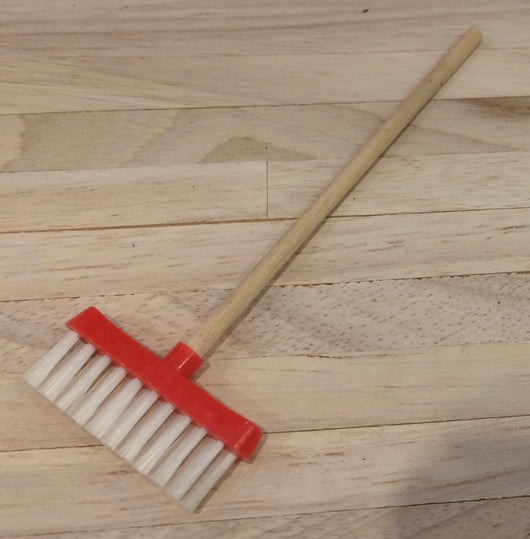 Vintage 16th Addis Broom-Dollshouse Hampshire