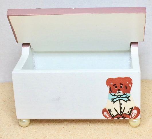 Vintage Toy/Blanket Box-Dollshouse Hampshire