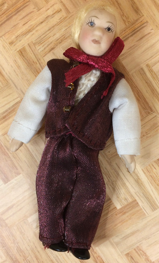 Vintage Boy-Dollshouse Hampshire