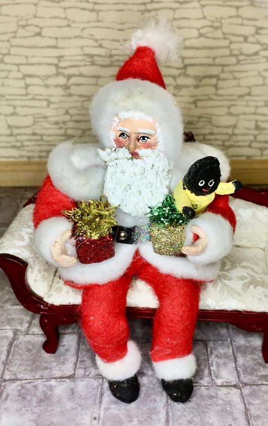 Vintage Sitting Father Christmas-Dollshouse Hampshire