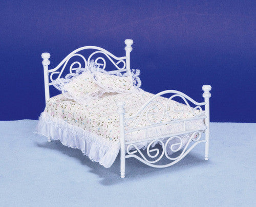 White Bed-Dollshouse Hampshire