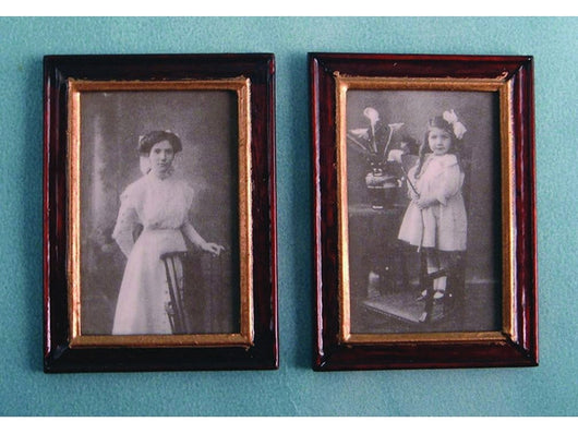 Ancestor's Pictures-Dollshouse Hampshire