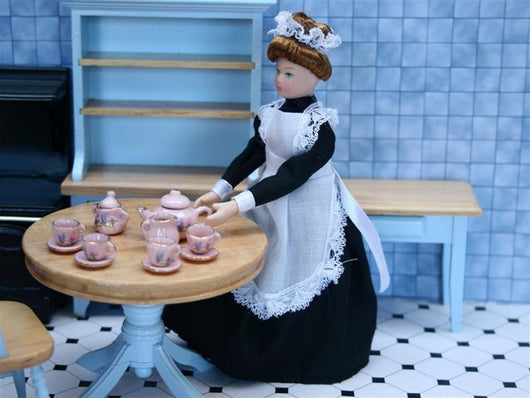 Maid-Dollshouse Hampshire
