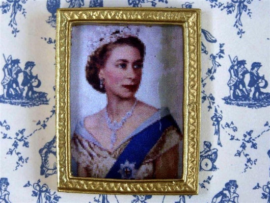 Queens Portrait-Dollshouse Hampshire