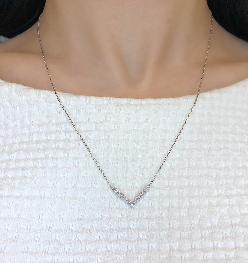 Diamond V chevron necklace