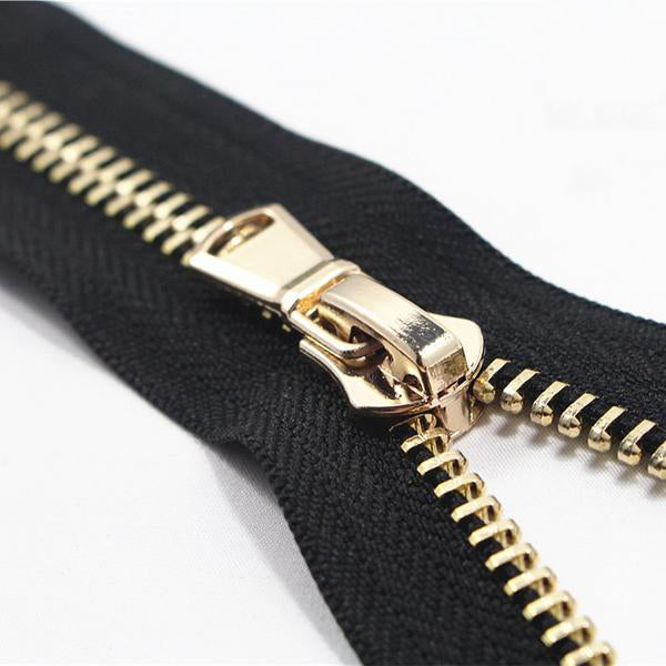 Open-End Metal Zippers With Pearl Slider