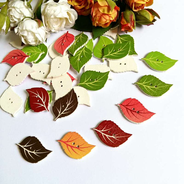 40pcs Cute Leaves Shaped Wooden Buttons