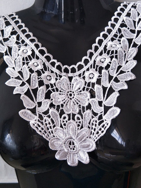 1pc White Lace Collar Sexy Style Flower & Heart Venetian Lace