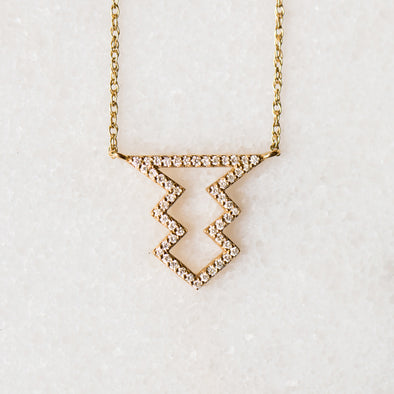 Diamond Arrowhead Necklace | 14-Karat