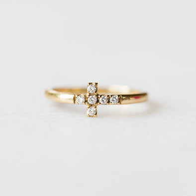 Sideways Diamond Cross Ring | 14-Karat