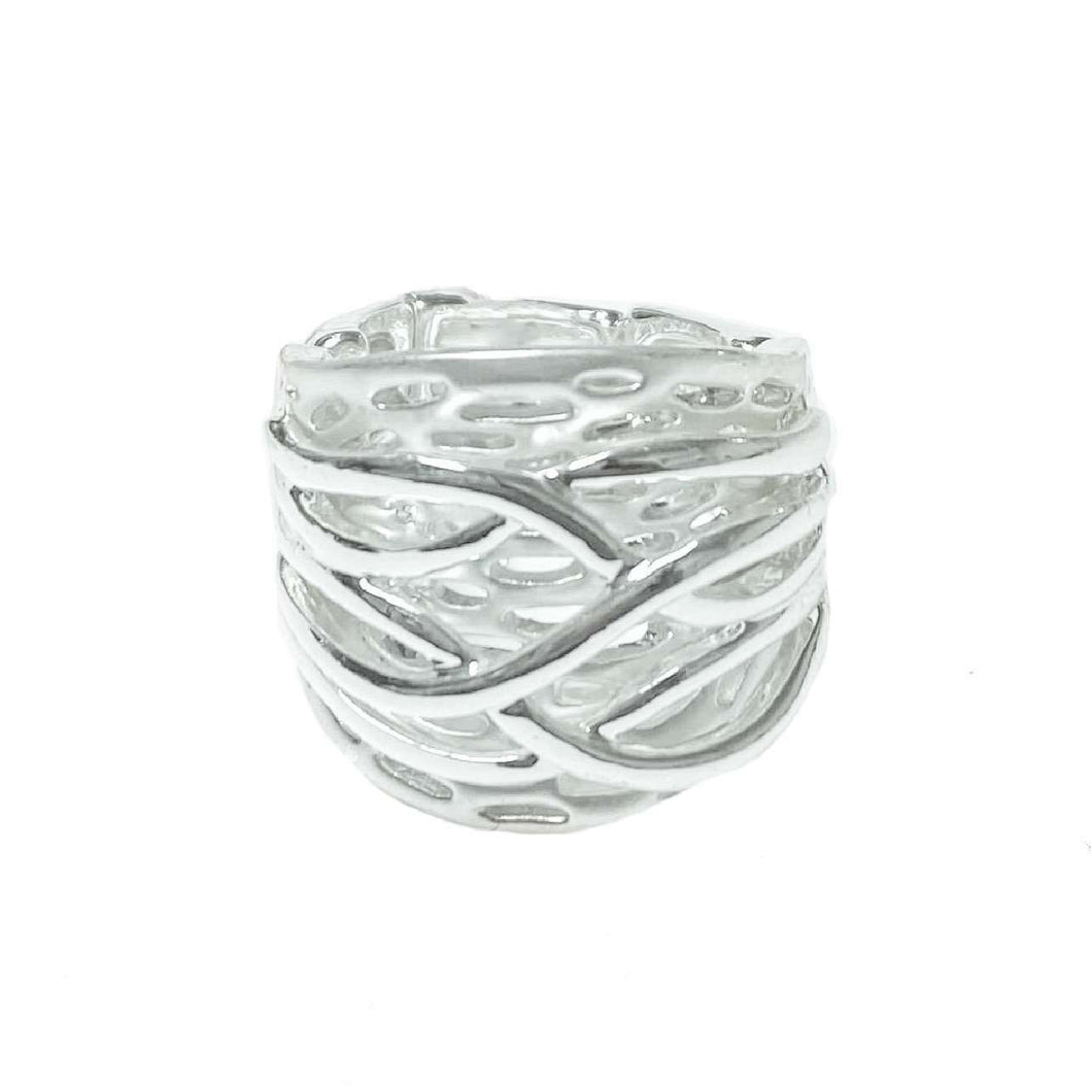 Love The Links Asturias Contemporary Silver-Effect Ring