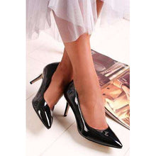 Court Shoe Pointed Toe Tamaris Black Patent
