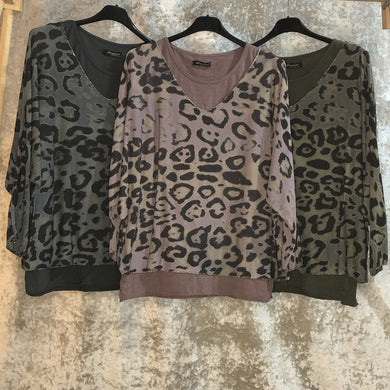 Ladies Top Acid Wash Leopard Print (3 Colours)