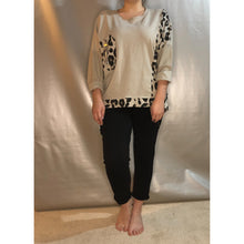Sweatshirt Zip Detail Leopard (4 Colours)