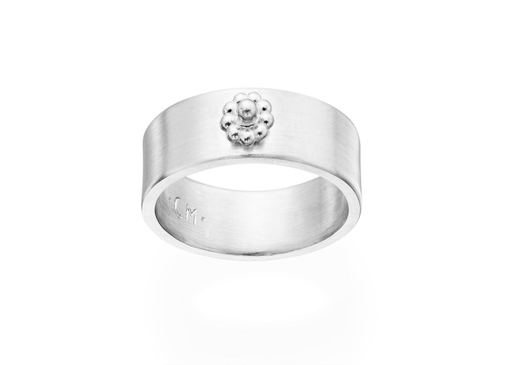 White Gold Wide Rosette Ring