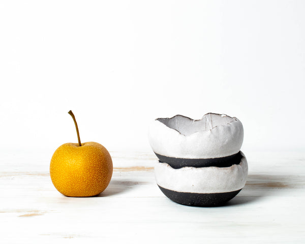 White+Black Pourover Large Spice Dish