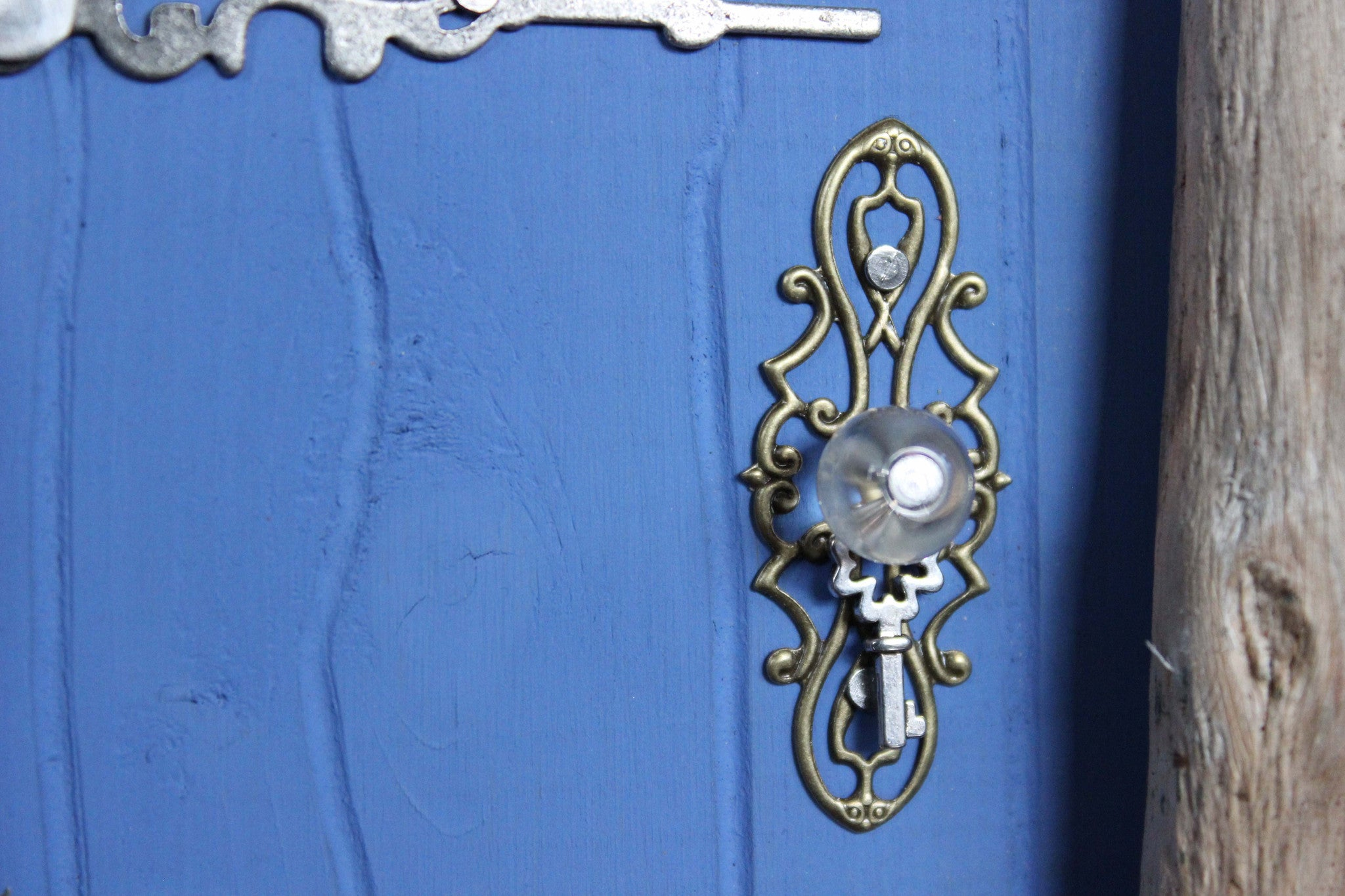 blue fairy door, doorknob
