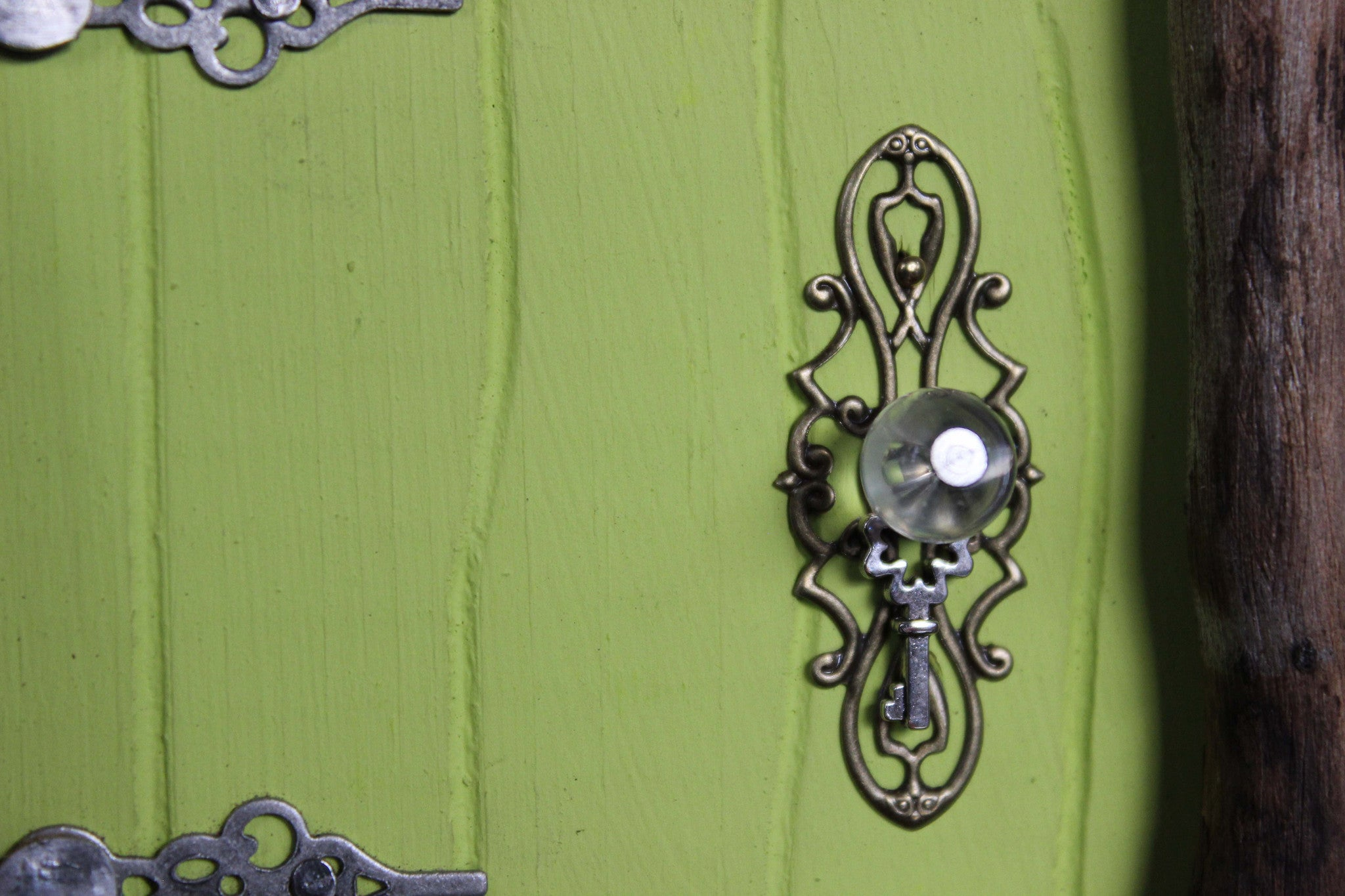 leaf lime fairy door, doorknob