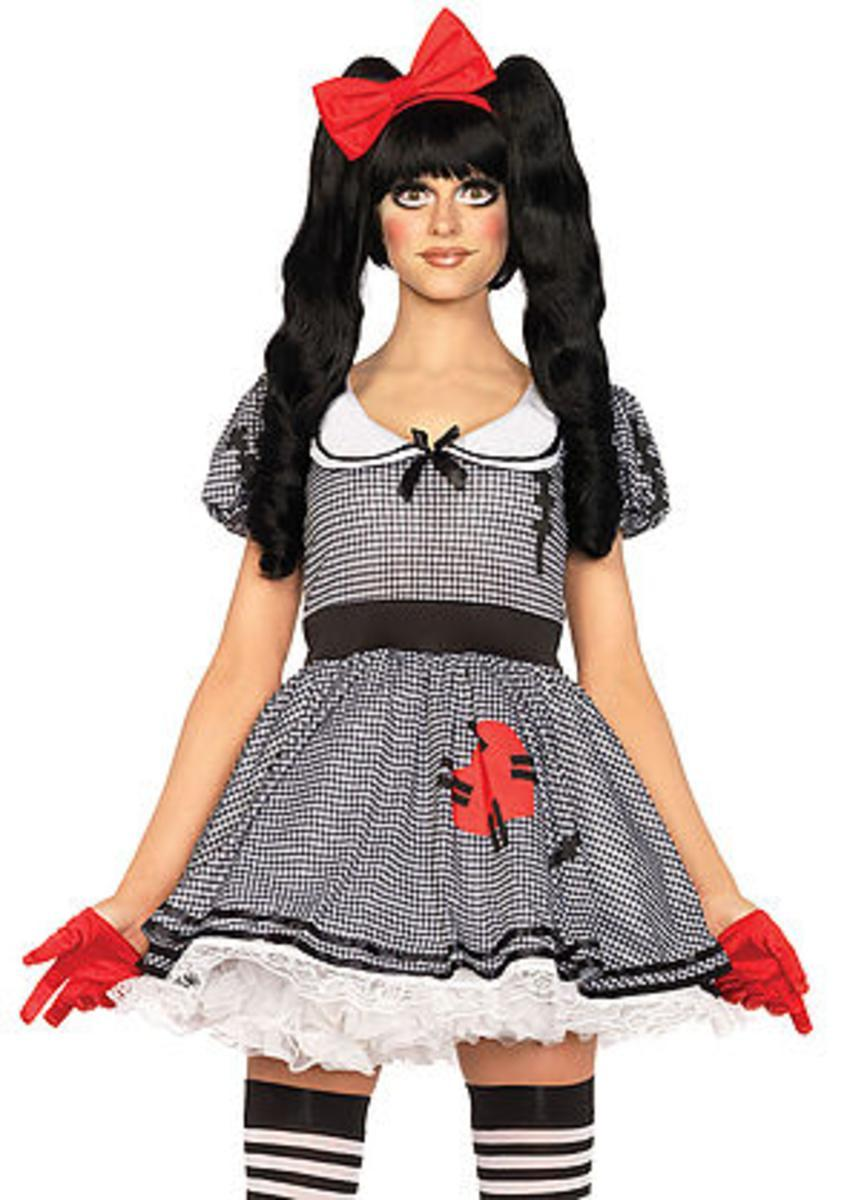 The 3PC. Wind-Me-Up Dolly, Dress w/Silver Turn Key, Bow, Headband in Black and White