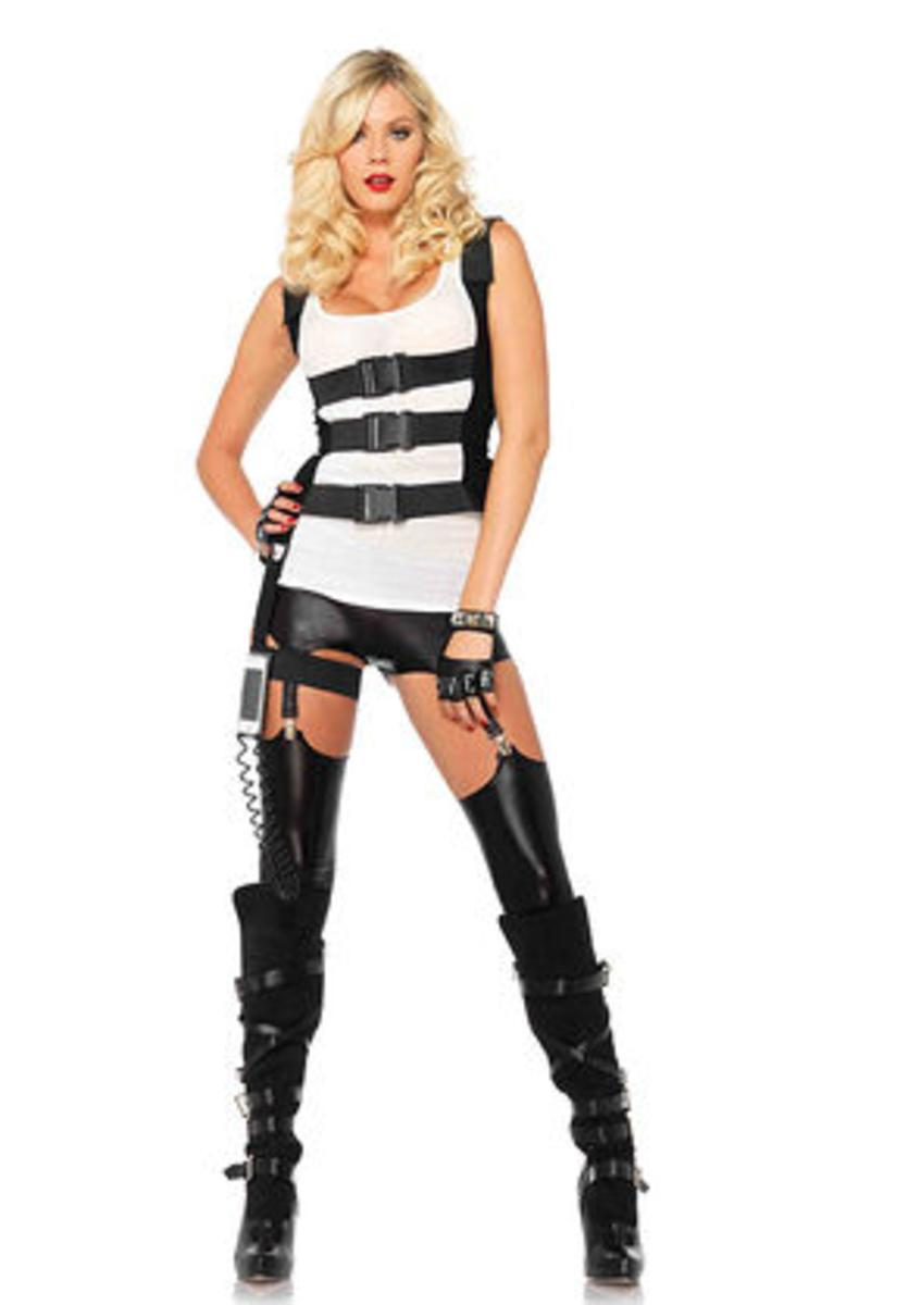 SWAT body harness w/garter iPhone holder and walkie talkie cord in BLACK