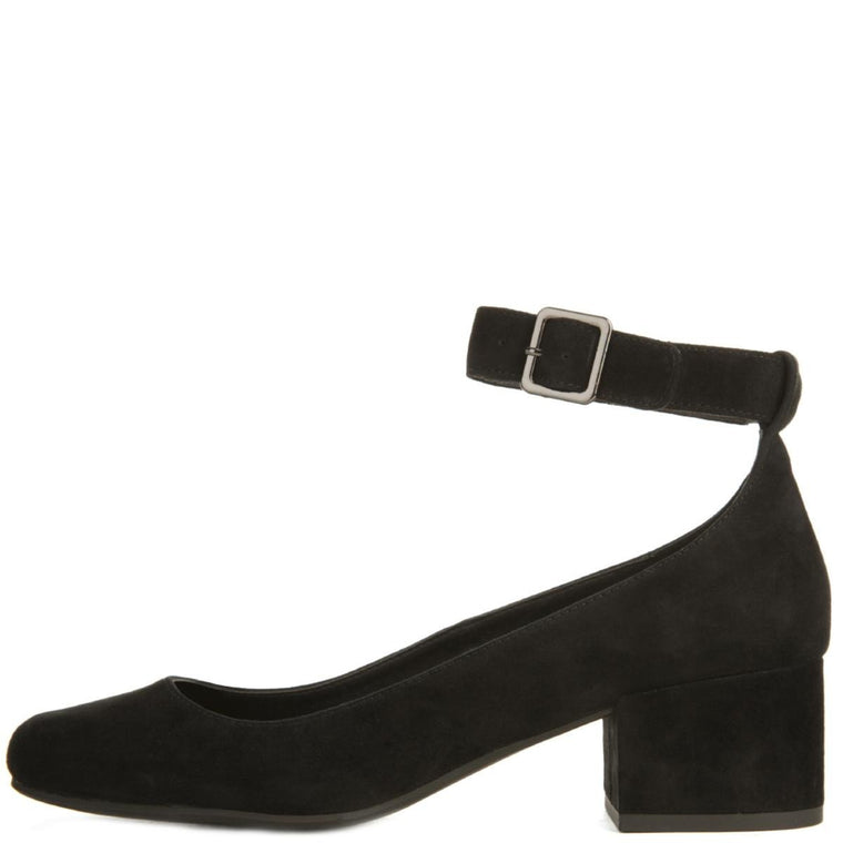 Steve Madden for Women: Wales Black Heels
