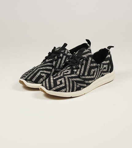 Women's Del Rey Sneaker Black Tribal Woven