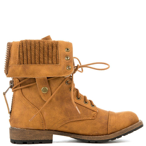 Women's Star-8 Lace-Up Boot