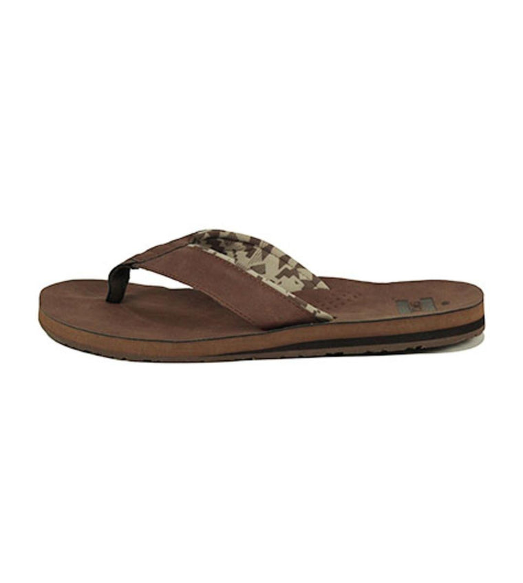 Toms for Men: Carilo Brown