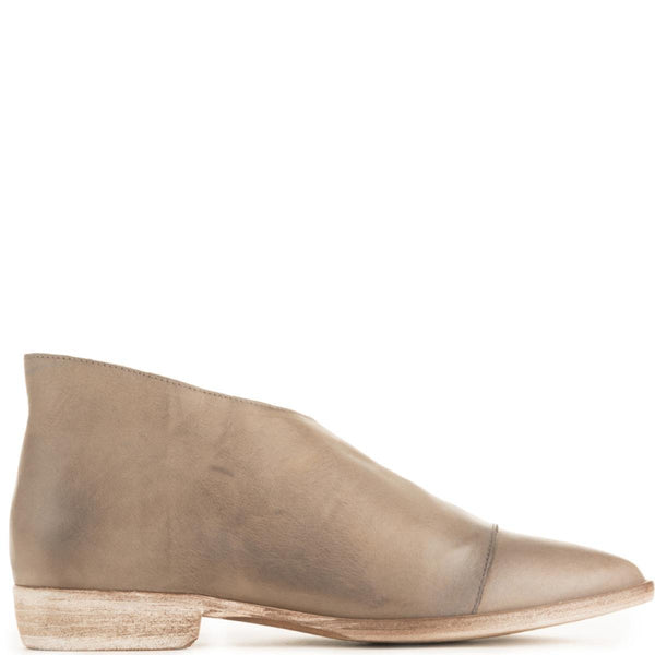Free People for Women: Royale Grey Flats