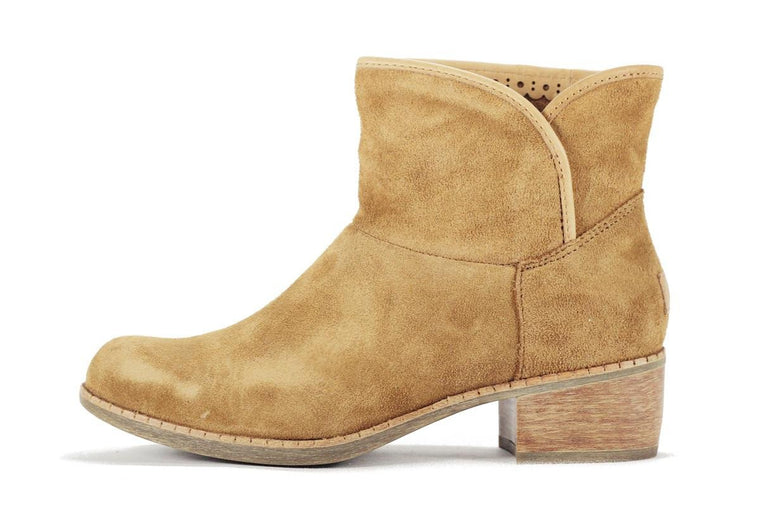 UGG Australia for Women: Darling Chestnut Ankle Boot