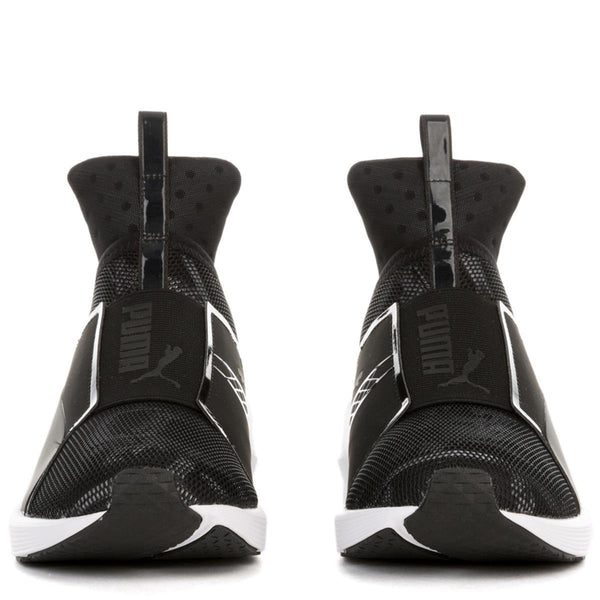 Women's Fierce Swan Black Sneaker