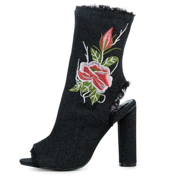 Women's Connie-53  Black Booties
