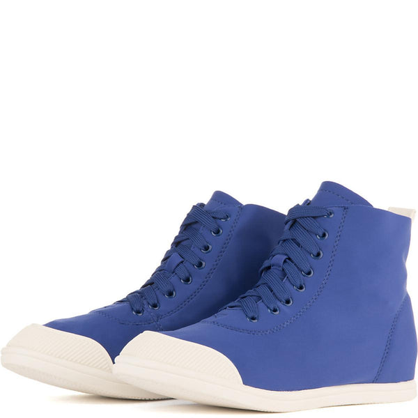 Women's Capricorn-1 Casual Sneaker