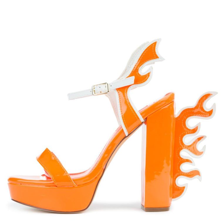 CHUNKY HEEL WITH FLAMES