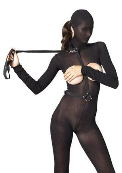 Nylon bondage harness with ring and detachable leash in BLACK
