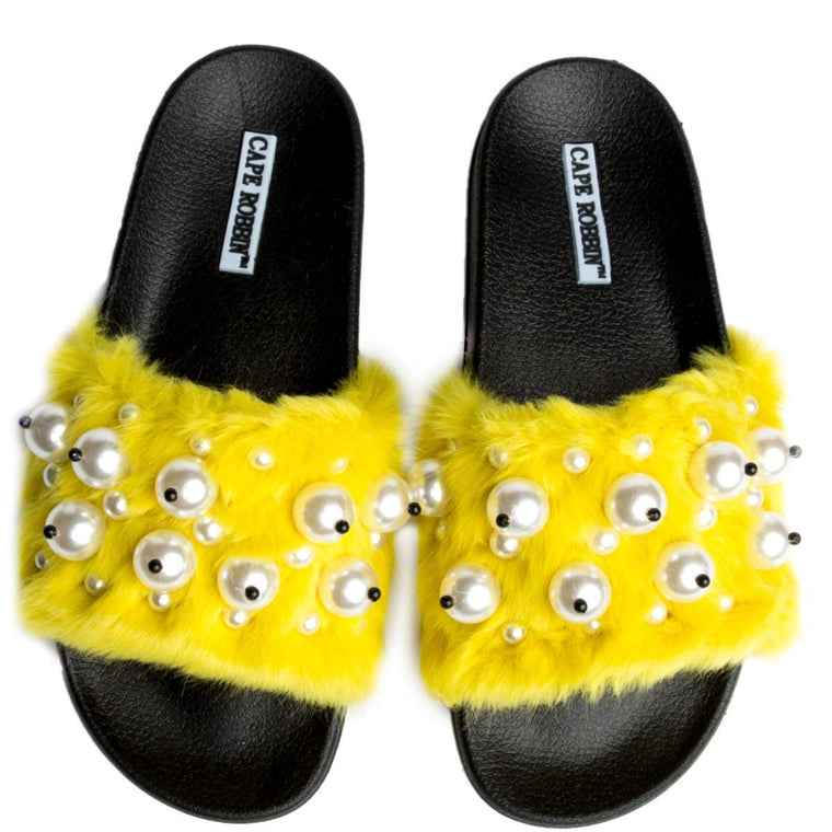 Cape Robbin Moira-12 Yellow Women's Slides