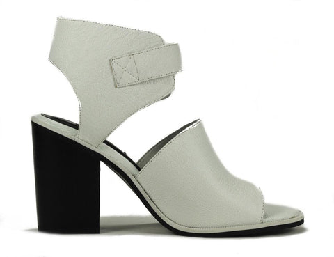 Senso: Reece1 White Grained Kid Heels