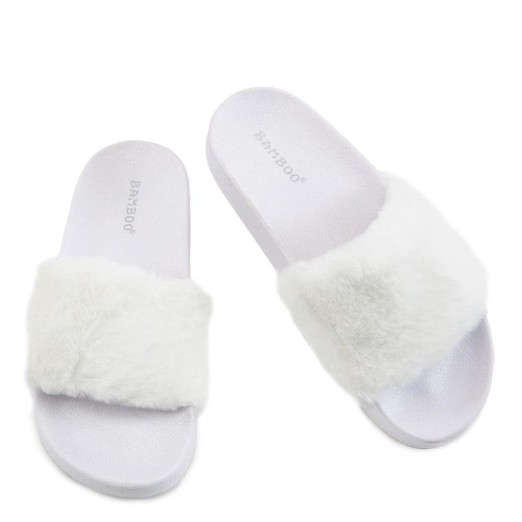 Flatter-15 Fur Band Slides