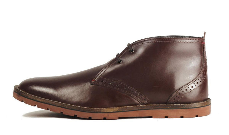 Ben Sherman for Men: Oliver Chukka Boot Dark Brown