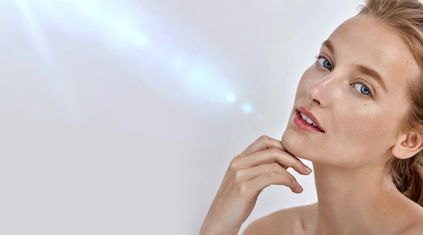 WHAT IS BLUE LIGHT AND HOW DOES IT DAMAGE YOUR SKIN?