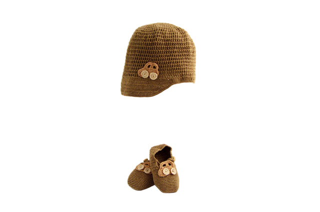 Handmade Organic Car Hat and Booties - Ammonite