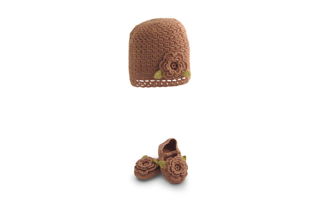 Handmade Bamboo Flower Hat and Booties - Beaver