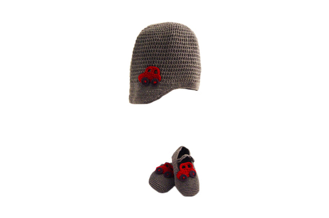 Handmade Organic Car Hat and Booties - Grey