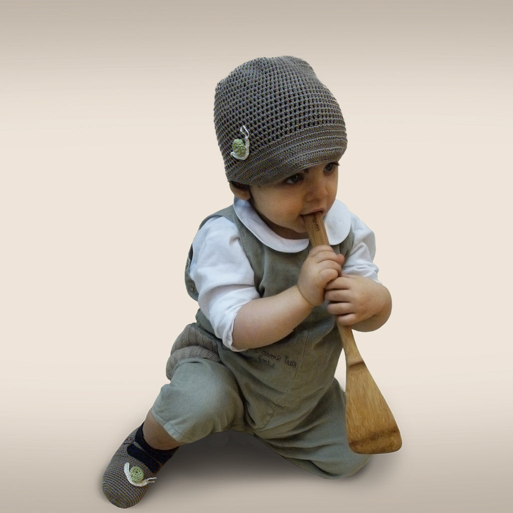 Handmade Bamboo Snail Hat and Booties - Shallot
