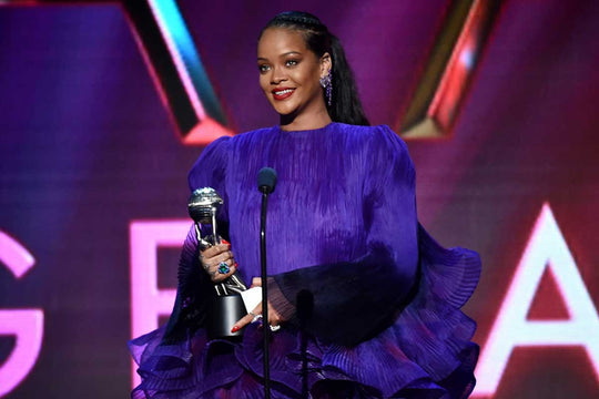 "RIHANNA CALLS FOR SOLIDARITY IN NAACP SPEECH: ""WE CAN'T DO IT DIVIDED"""