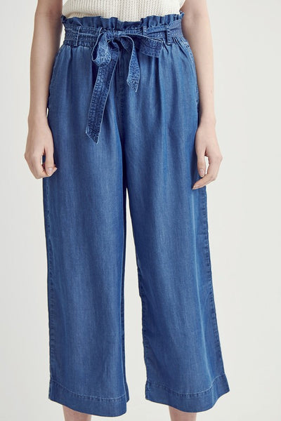 Mira Capri Pant in Dark Denim