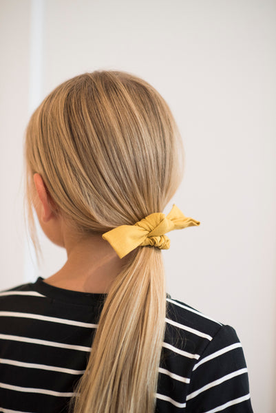 Linen Bow Scrunchie in Yellow