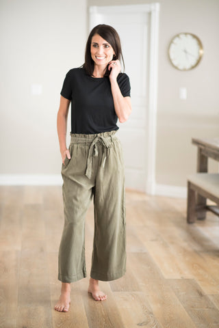 Mira Pant in Olive