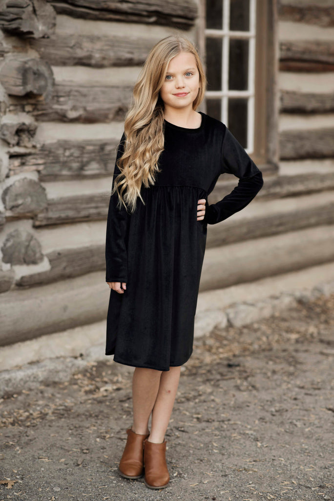 Adeline Black Velvet Long Sleeve Dress