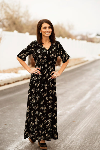 Ruffle Sleeve Floral Maxi in Black